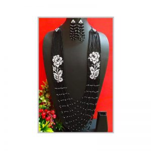 Handmade Black And White Color Jeco Necklace