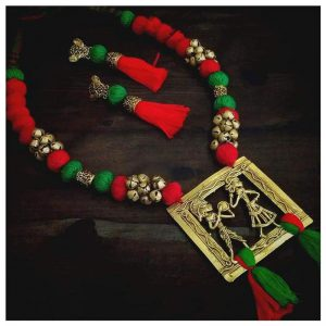 ecohindu-Red-Green-Pompom-Dhokara-Necklace-dhokara-jewellery-26september