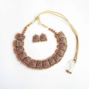 Jewellery Set Golden with White-Red  Flower Design (Made To Order).