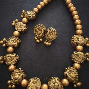Ecohindu-Terracotta-Jewellery-Golden-Peacock