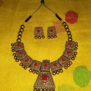 Jewellery Set Golden Red Square Shape Earing (Made To Order)