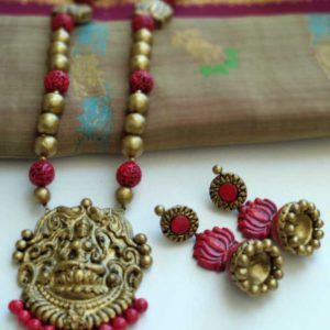 ecohindu-terracotta-jwellery-golden-red-long-length