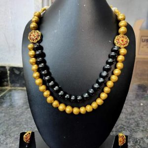 TERRACOTTA HANDMADE DESIGNER Traditional JEWELRY Necklace & Earings in Black & Yellow Big Size Beads