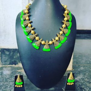 TERRACOTTA HANDMADE DESIGNER JEWELRY Necklace with Earings in Parrot Green & Golden Beads