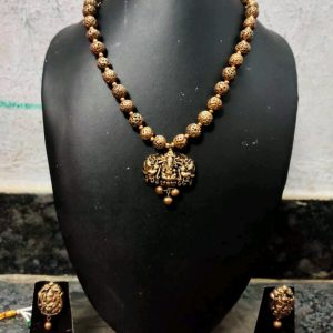 TERRACOTTA HANDMADE DESIGNER Temple Small JEWELRY Necklace with Earings in Golden Beads