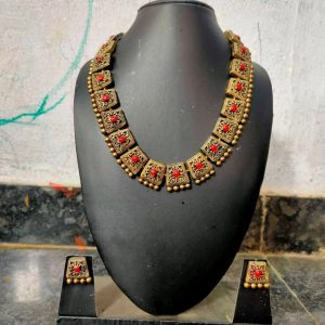 TERRACOTTA HANDMADE DESIGNER Traditional JEWELRY Necklace with Earings in Golden with Red