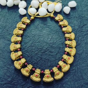 TERRACOTTA HANDMADE DESIGNER  JEWELRY Necklace in Gold with Pink Beads