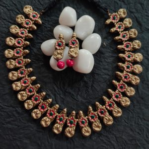 TERRACOTTA HANDMADE INDIAN DESIGNER JEWELRY Necklace with Pink Pearl Drop Earings in Golden Base Peacock Motiffs & Pink Beads
