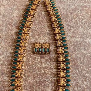 TERRACOTTA HANDMADE DESIGNER JEWELRY NECKLACE WITH EARINGS (MADE TO ORDER )