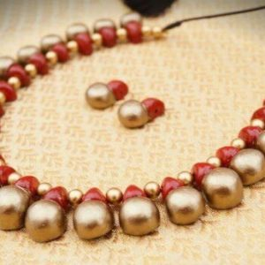 TERRACOTTA HANDMADE DESIGNER Traditional JEWELRY Necklace & Drop Earings in Godeln & Pink Big Size Beads